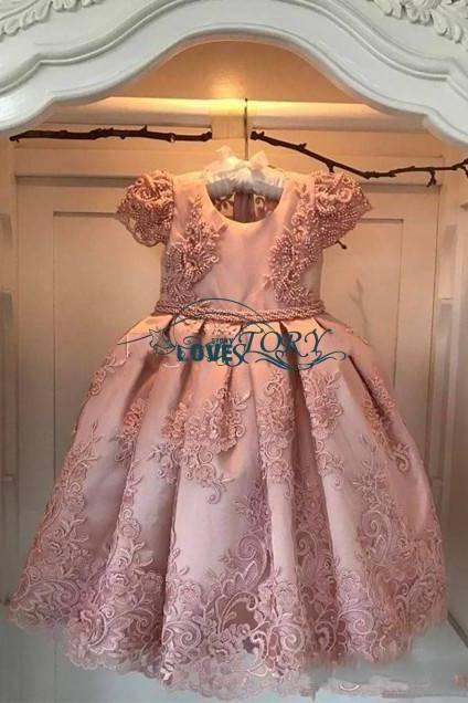2018 Flower Girl Dresses A Line Jewel Cap Sleeve Floor Length Girls Pageant Dresses With Lace Applique Beads Bow For Wedding Party Communion