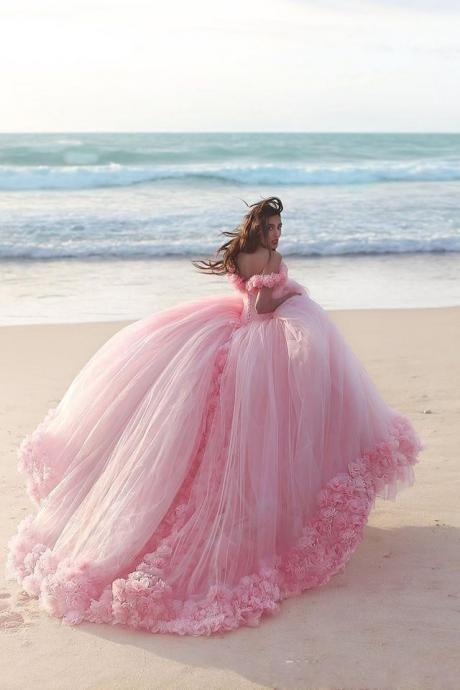 2018 Quinceanera Dresses Baby Pink Ball Gowns Off the Shoulder Corset Hot Selling Sweet 16 Prom Dresses with Hand Made Flowers High quality