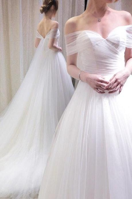 Off-the-Shoulder Ruched Tulle A-line Wedding Dress with Long Train